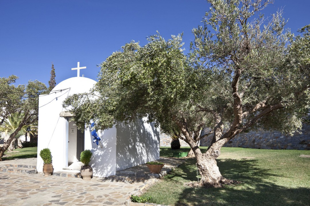 AQUILA ELOUNDA VILLAGE – CHURCH