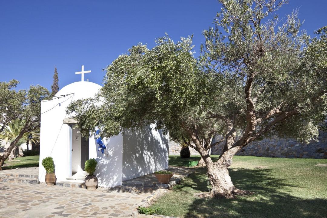AQUILA ELOUNDA VILLAGE – CHURCH