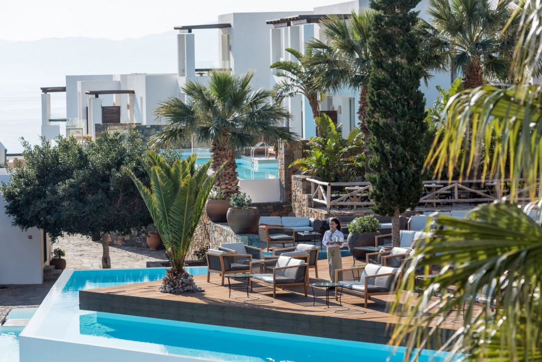 AQUILA ELOUNDA VILLAGE – LOBBY BAR TERRACE
