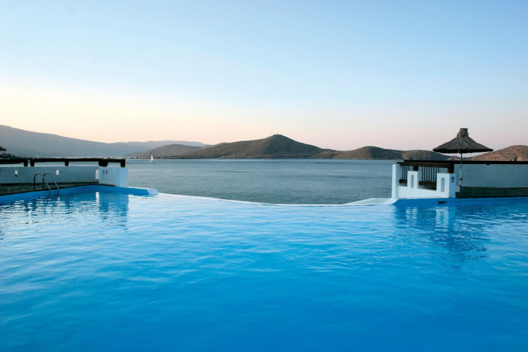 AQUILA ELOUNDA VILLAGE – OUTDOOR SWIMMING POOL